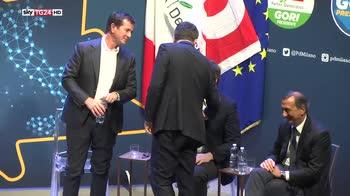E' scontro fra Renzi e Di Maio, il confronto si allontana