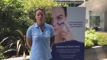 Francesca Clapcich_Beach Cleaning