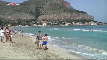 Il Wwf lancia la campagna spiagge plastic free