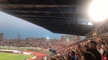 Catania-Siena, la coreografia dello stadio Massimino