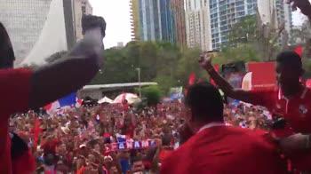 Panama, continua l'accoglienza da sogno: che festa in piazz