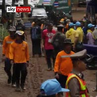 Search continues for boys trapped in cave