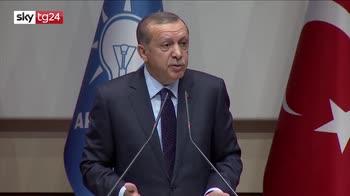 ERROR! Crolla l'economia di Erdogan e Trump raddoppia i dazi