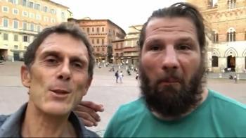 Melofonino, a Piazza del Campo con Martin Castrogiovanni