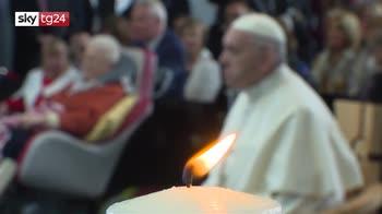 "ERROR! Papa in Irlanda: ""Su abusi imploro perdono"""