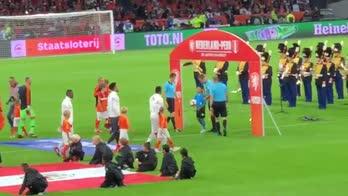 Olanda, l'ultima di Sneijder è una festa