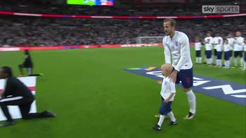 Kane presented with Golden Boot