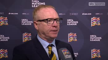 McLeish - Red card a 'travesty'