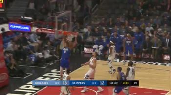 NBA, Gallinari stoppa da un lato e schiaccia dall'altro