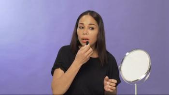 Come rendere opaco un rossetto troppo lucido