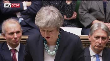 Brexit, May rinvia voto e va a Bruxelles per rassicurazioni