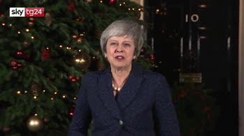 Verso la brexit, May resiste, bocciata mozione di sfiducia