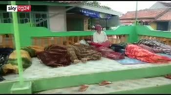 Tsunami in Indonesia, allerta per nuove scosse di terremoto