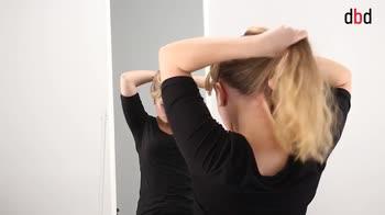 Hairstyle: capelli più lunghi con la coda
