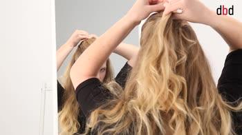 Hairstyle: come trasformare una treccia da giorno in acconciatura da sera