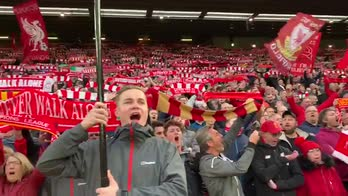 Liverpool, magica Kop: You'll never walk alone da brividi
