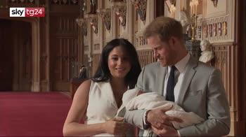 Royal Baby, le prime immagini del figlio di Harry e Meghan