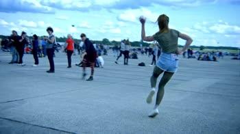 Dance. Perché balliamo. Identità. Danza pubblica