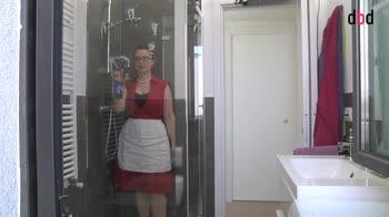 Housekeeping - Le pulizie settimanali in bagno: la doccia e la vasca