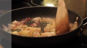 Ricetta petto d'anatra al forno con uva: come prepararlo
