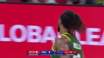 Mondiali Basket: il back-door di Mills contro la Francia