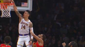 NBA, Danny Green vola in cielo per la schiacciata
