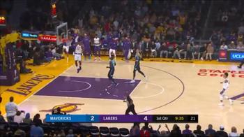 NBA, recupero e schiacciata per LeBron James