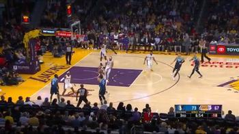 NBA, una tripla di Luka Doncic contro i Lakers