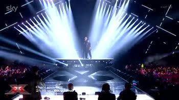 video duetti robbie williams finale x factor 2019