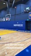NBA, Klay Thompson si allena con la divisa Warriors