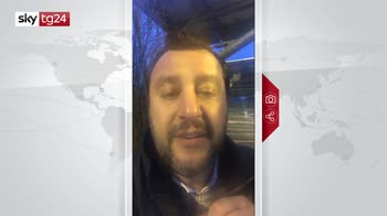 Conte rilancia agenda, Salvini: vado a processo