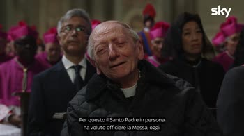 The New Pope: Girolamo è il mondo che ama