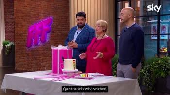 Family Food Fight: La prova a staffetta della Rainbow Cake