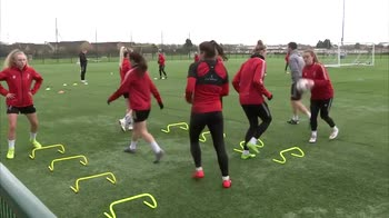 'Players should follow dual careers'