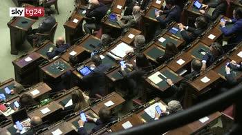 Conte a lavoro sul decreto, smina tensioni nella maggioranza
