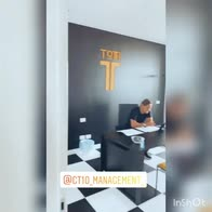 """VIDEO. Ilary, ufficio di Totti: """"La segretaria..."""