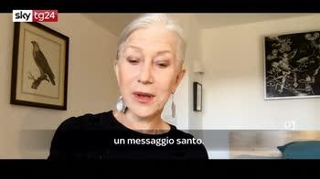#DGFATTOINCASA, la poesia letta da Hellen Mirren