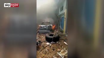 Pakistan, i primi momenti dopo lo schianto dell'Airbus