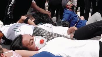 La protesta degli addetti mense scolastiche in Campidoglio