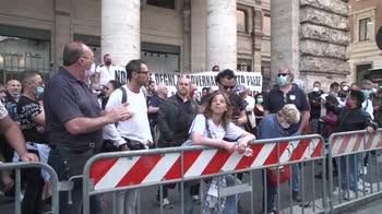 """Disordini durante la manifestazione """"Marcia su Roma"""""""