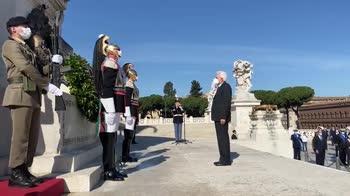 2-giugno-mattarella-altare-patria-frecce-tricolore