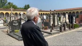 Mattarella visita il cimitero di Codogno