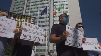 Milano, proteste Ncc e bus turistici