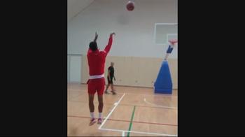 NBA, Nole Djokovic sfida LeBron James