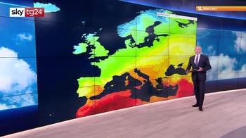 Meteo, caldo africano in Italia, venerdì temporali al nord