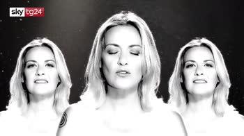 """Irene Grandi, il nuovo brano: """"Devi volerti bene"""""""