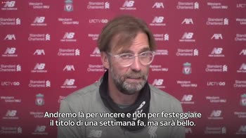 CONF KLOPP SU GUARD OF HONOUR_4310025