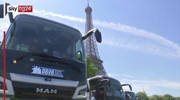 Parigi, gli autisti delle 2cv risentono impatto covid