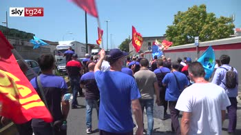Stop Whirlpool Napoli, niente di fatto: esplode protesta