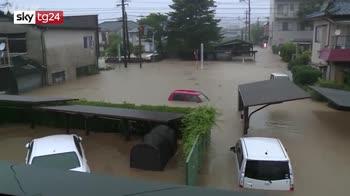 Alluvioni nel sud del Giappone, blackout e sfollati